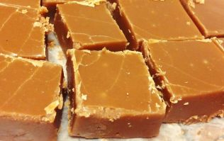 This 5-minute peanut butter freezer fudge is giving us LIFE