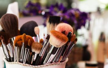 The odd (and easy) way Kim Kardashian's makeup artist cleans his makeup brushes