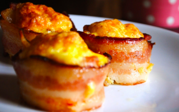 These bitesize bacon and egg cups are ADORABLE breakfast goals