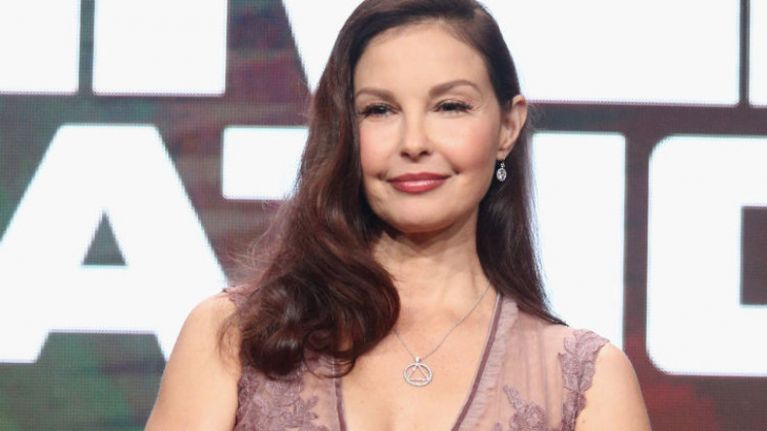Ashley Judd has accused film producer Harvey Weinstein of sexual harassment