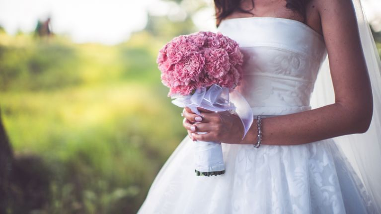 Couple get divorced three MINUTES after getting married