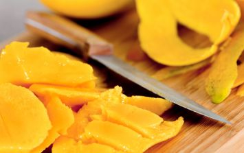 This woman's trick for peeling  mango is absolutely genius