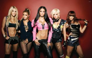 Pussycat Dolls are in talks of a reunion tour and we are buzzing