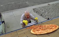 People are still throwing full pizzas on top of the Breaking Bad house