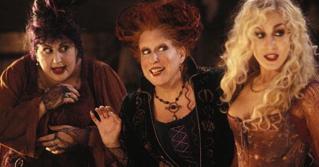 This Hocus Pocus drinking game will make your night ten times better