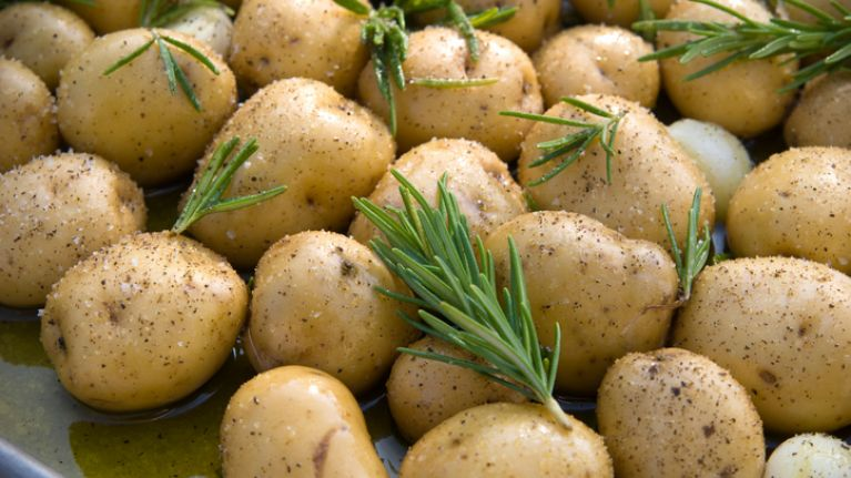 Woman loses 12lb in seven days on potato diet - but there's