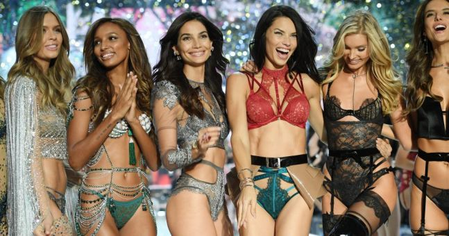 The first performer for the Victoria's Secret Show has been announced