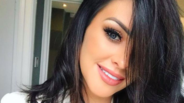 We got our hands on the €50 teeth-whitening kit shared by SoSueMe