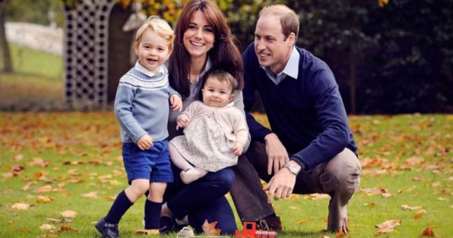 A ridiculously famous couple bring their kids over to the Cambridges to play