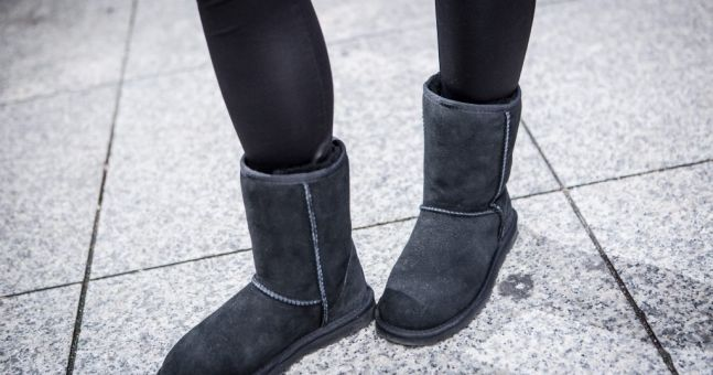 Orthopaedic surgeon issues warning about wearing Ugg boots