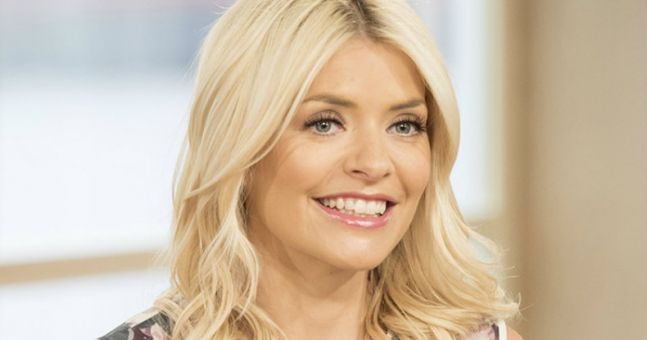 Holly Willoughby's simple yet stylish jumper... and it's only €13