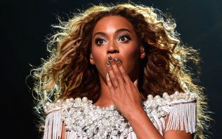 This Beyoncé lookalike is so convincing she gets chased by fans
