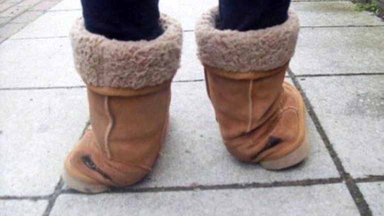 effdb31bfb 7 real struggles we all faced while wearing fake Uggs