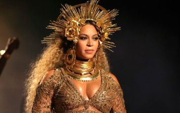 This Beyoncé Christmas tree topper is so much better than any angel