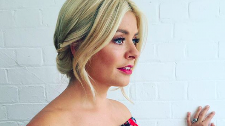 There's a lot of mixed opinions today over Holly Willoughby's €510 dress