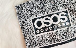 ASOS is selling the most incredible €50 summer trousers and we need a pair!