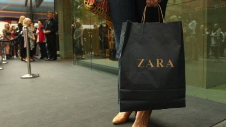 The €50 Zara dress I saw on at least 8 different people in London this weekend