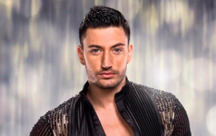 Giovanni Pernice texting MIC star after splitting with TOWIE's Jess Wright