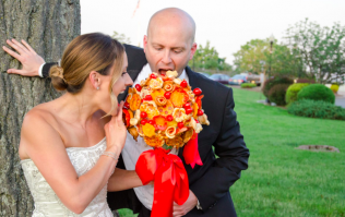 You can now get a pizza bouquet for your wedding and we're starving just thinking about it
