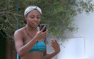 So what can the cast of Love Island actually do on their phones?