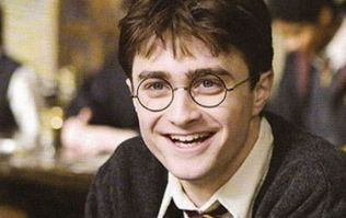 This Harry Potter engagement ring is absolutely MAGICAL