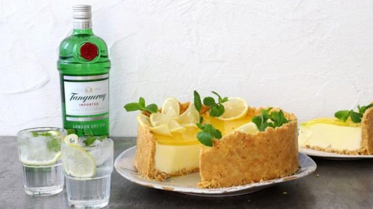 This gin and tonic cheesecake recipe is absolutely life-changing