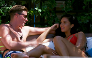 Love Island fans are calling out Dr. Alex for lying after this moment on last night's episode