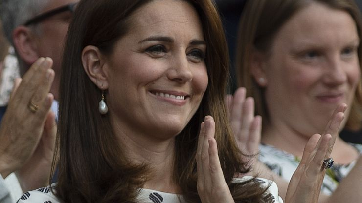 Duchess Kate is wearing a stunning yellow dress very similar to Meghan's today at Wimbledon