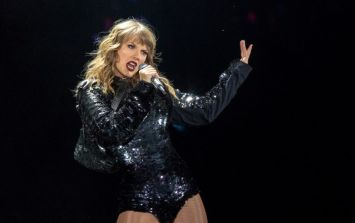 Taylor Swift suffered a VERY awkward stage malfunction at one of her concerts