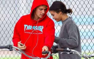 Hailey Baldwin's old tweet about Justin and Selena has resurfaced and its awks