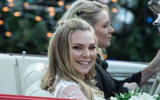 Samantha Womack just got rid of her trademark blonde hair and she looks class