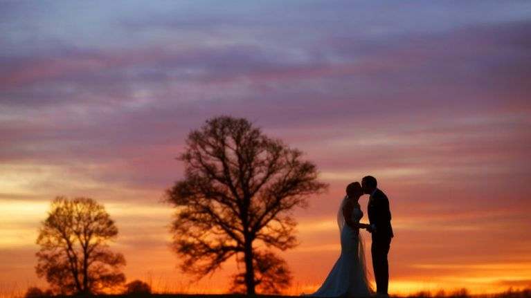 This expert wedding photographer has 8 top tips for a picture-perfect day