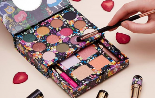 Penneys has released a STUNNING Alice in Wonderland makeup collection
