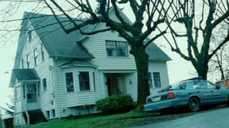 Bella Swan\u0027s house from Twilight is on sale and it\u0027s pretty affordable & Bella Swan\u0027s house from Twilight is on sale and it\u0027s pretty ...