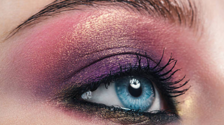 Urban Decay is being praised for showing 'real skin' on its Instagram page