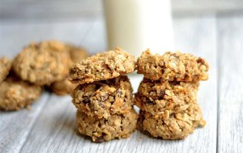 The healthy carrot cake cookies that will take the stress out of your mornings