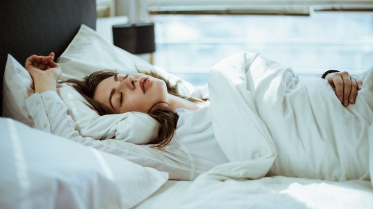 7 morning hacks to give you longer in bed on those cold, cold mornings