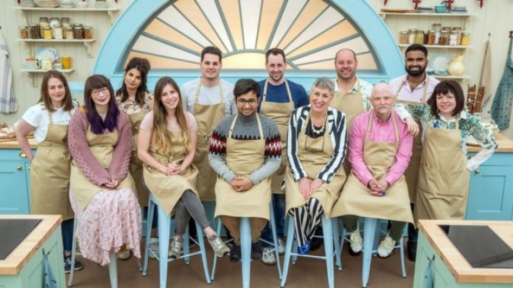 Predicting the winner of GBBO based solely on their promo photographs