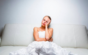 Bride pissed off with maid-of-honour for legit the stupidest reason