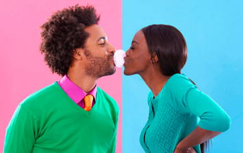 Here's why you shouldn't be chewing gum before you have sex