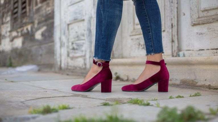 This super simple trick to getting stains out of suede heels is a total game-changer