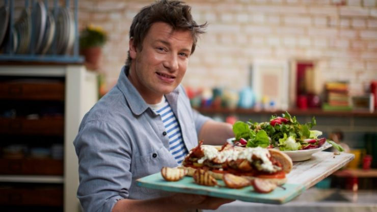 Leaked email reveals Jamie Oliver's message to all staff after mass restaurant closure