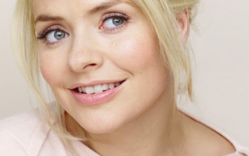 We're mildly obsessed with Holly Willoughby's pink M&S coat, tbh