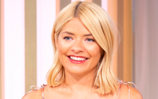 Hello Monday bargain! Holly Willoughby's fab new top is only €35