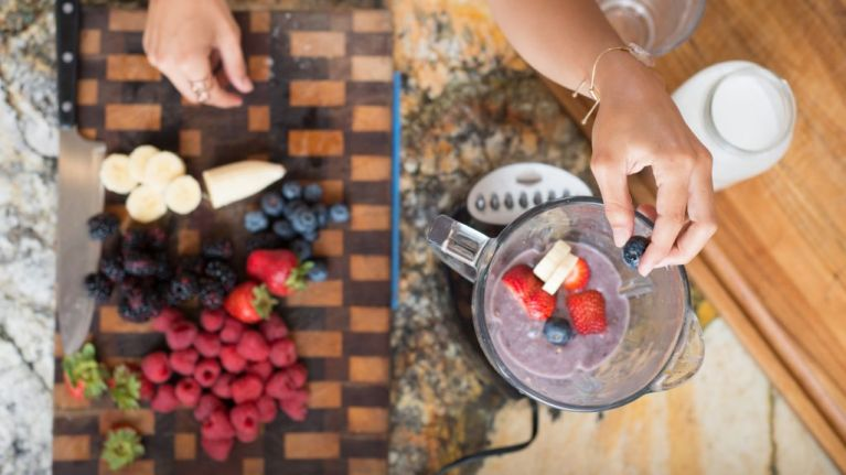 This blender can also COOK your food and we need one immediately