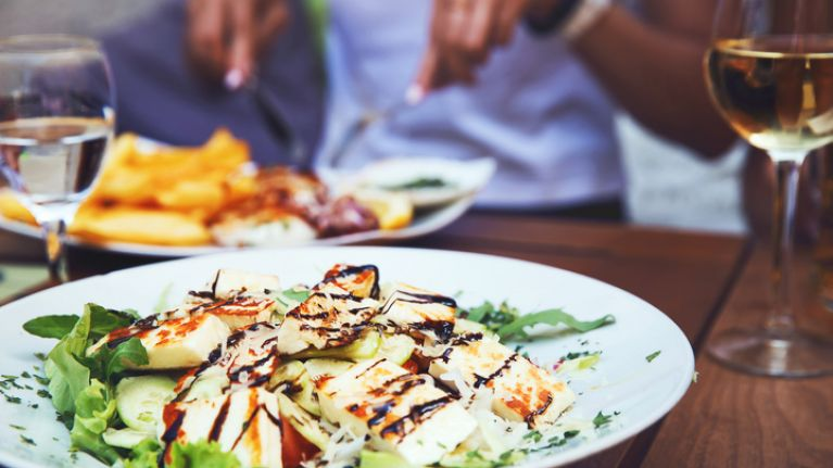 You might soon have to pay a booking fee of €20 in ALL Irish restaurants