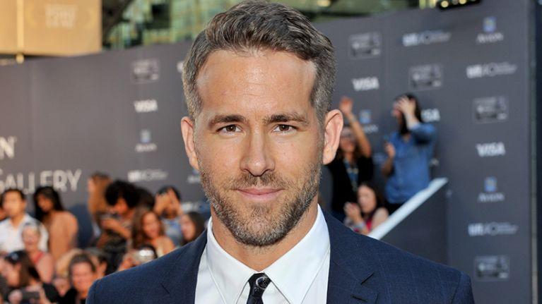 Will Ferrell Christmas Movie.Ryan Reynolds And Will Ferrell To Star In A Christmas Movie