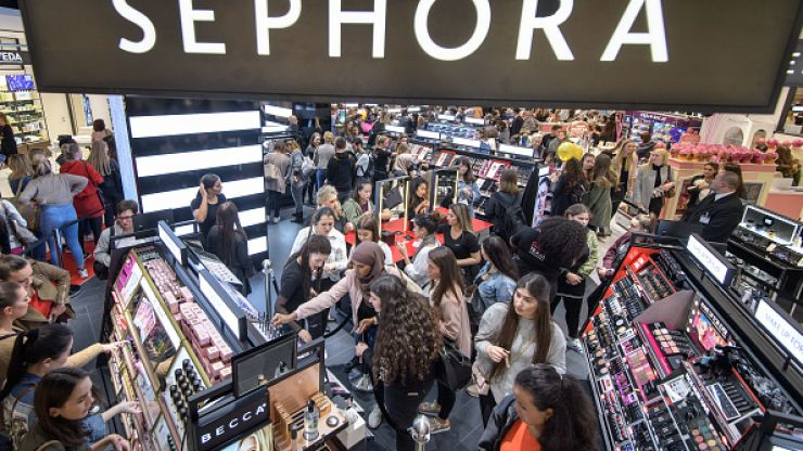 Turns out that Sephora DOES ship to Ireland...however, there's a small catch