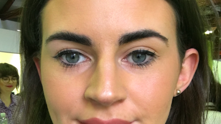 I tried Benefit's virtual eyebrow tool and it's pretty genius