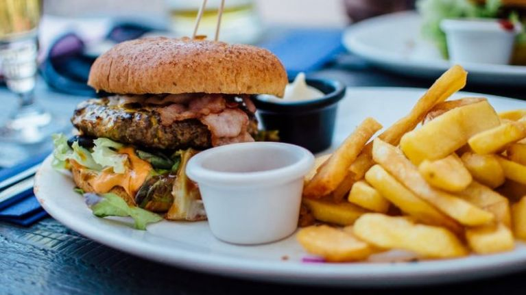 A popular Dublin pub is giving away free lunch this week (but there's a catch)